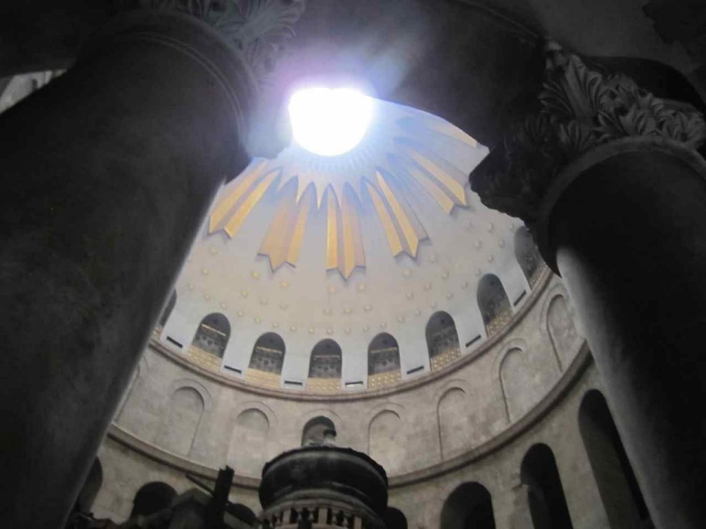 church-of-the-holy-sepulchre-built-over-calvary